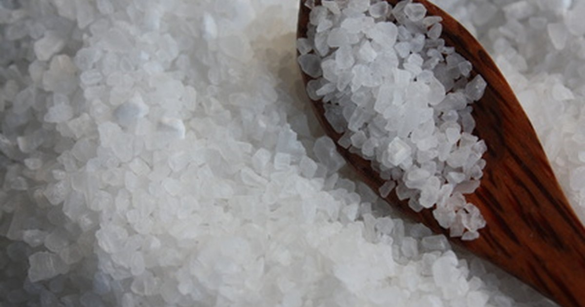 a look at salt and its use Himalayan living salt provides facts about salt and how to use it the salt deposits in our bodies look similar to the ones in this photo, isolated and dead.