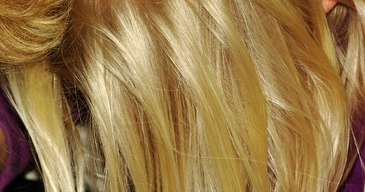 Как осветлить волосы в домашних условиях без желтизны народными средствами
