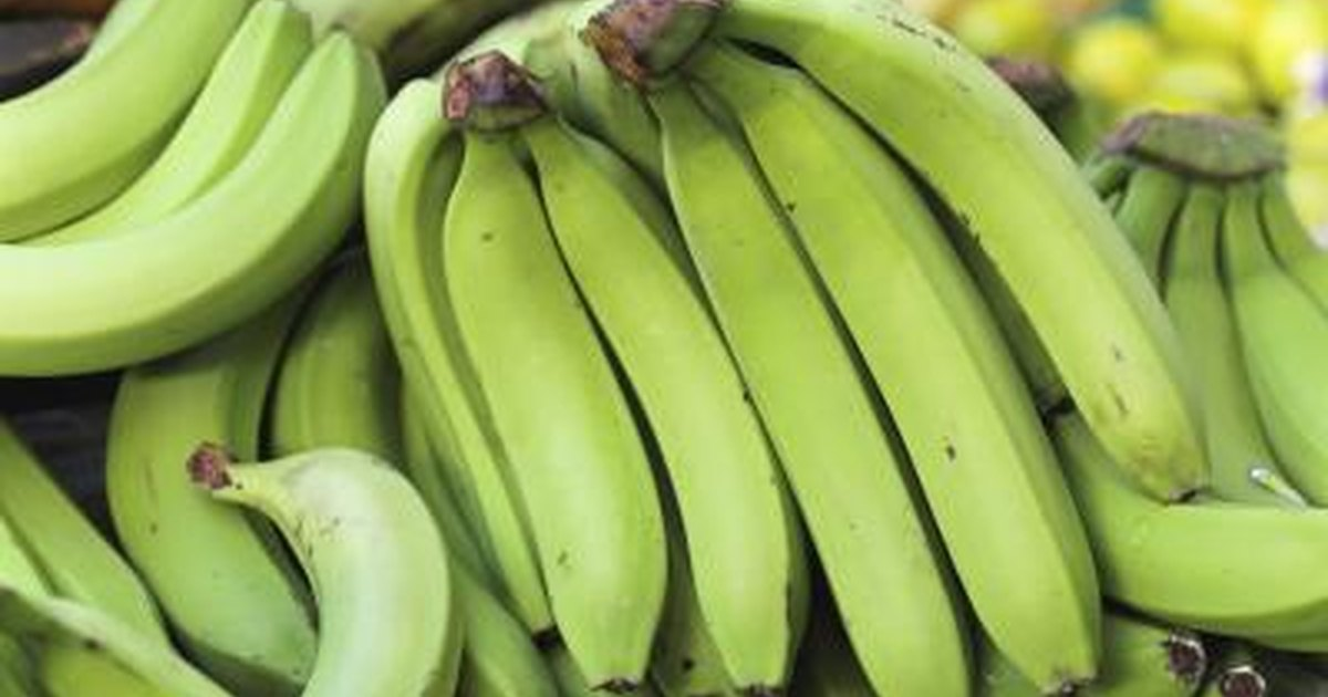 Health Benefits of Green Bananas | LIVESTRONG.COM