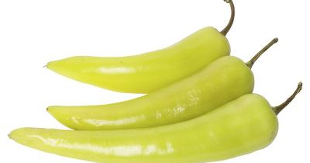 How to Brine Banana Peppers | LIVESTRONG.COM