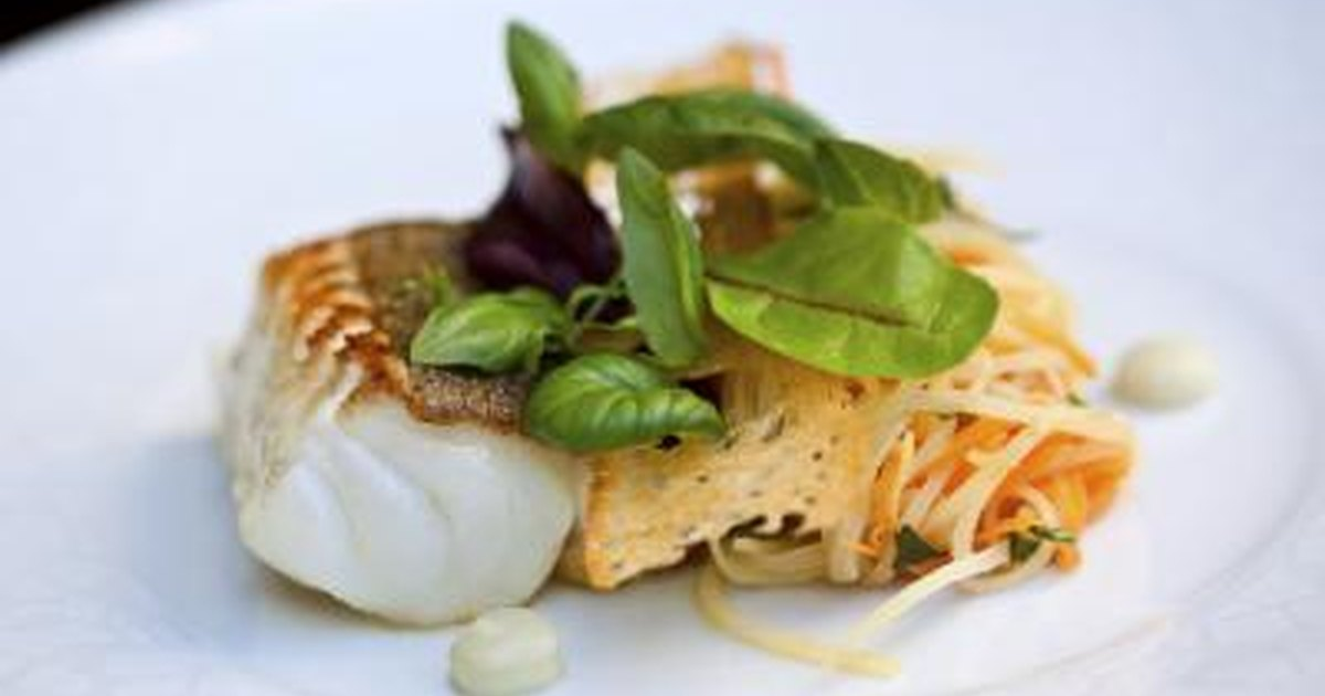 Broiled cod on high or low for Cod fish protein