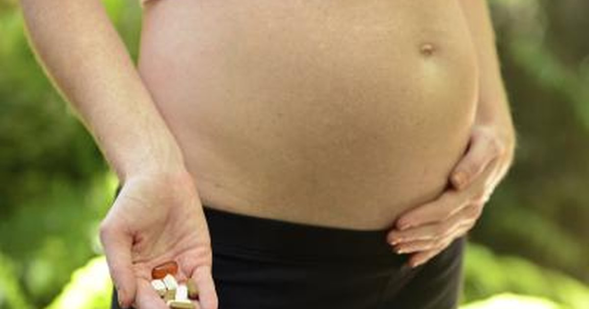 How much fish oil should pregnant women take in the first for Fish oil during pregnancy