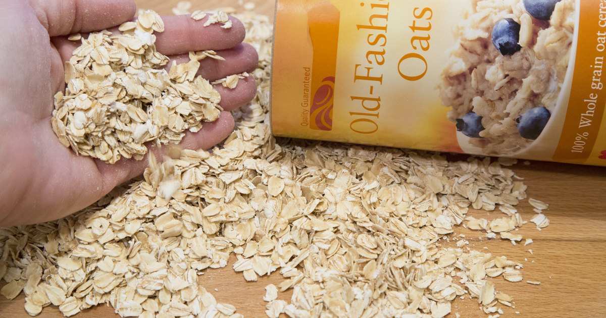 How to Use Oatmeal As a Face Wash
