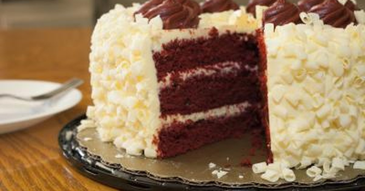 Red velvet cake recipe using yellow cake mix