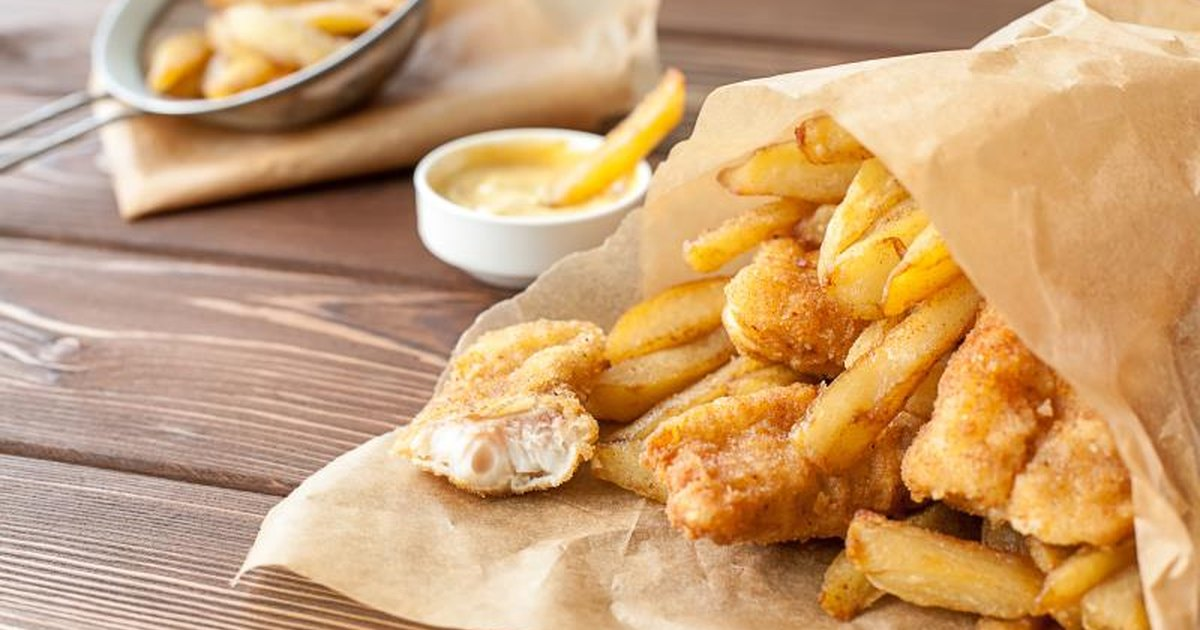 Nutritional information of fried fish livestrong com for How many calories in fried fish