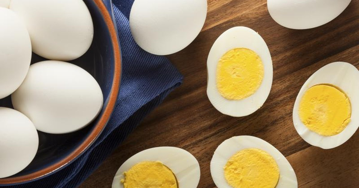 How Many Calories Does a Hard Boiled Egg Have? | LIVESTRONG.COM
