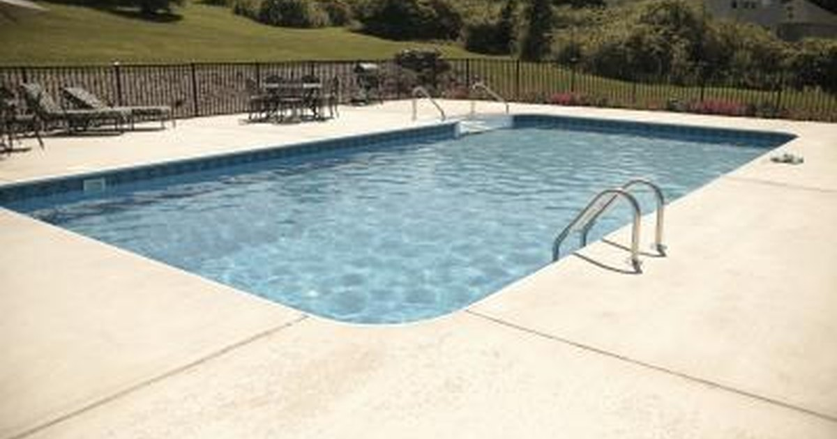 How To Repair A Fiberglass Swimming Pool Livestrong Com