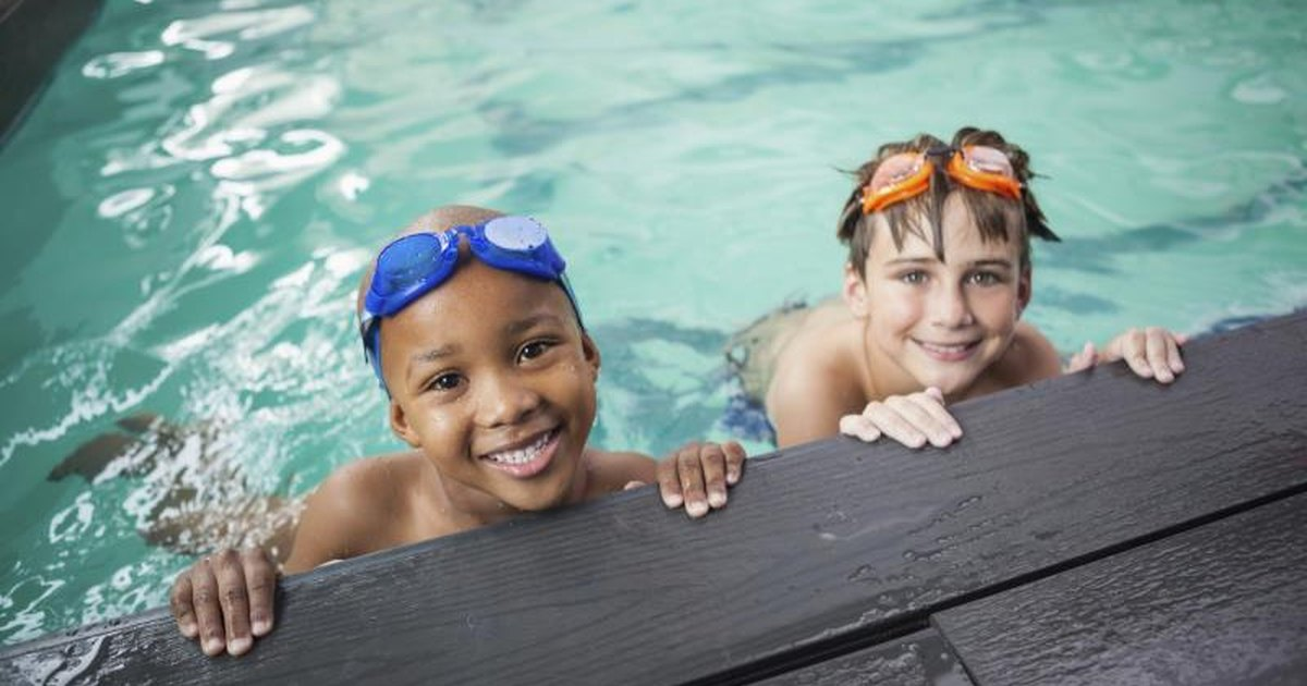 Effects Of Chlorine On Swimmers Livestrong Com