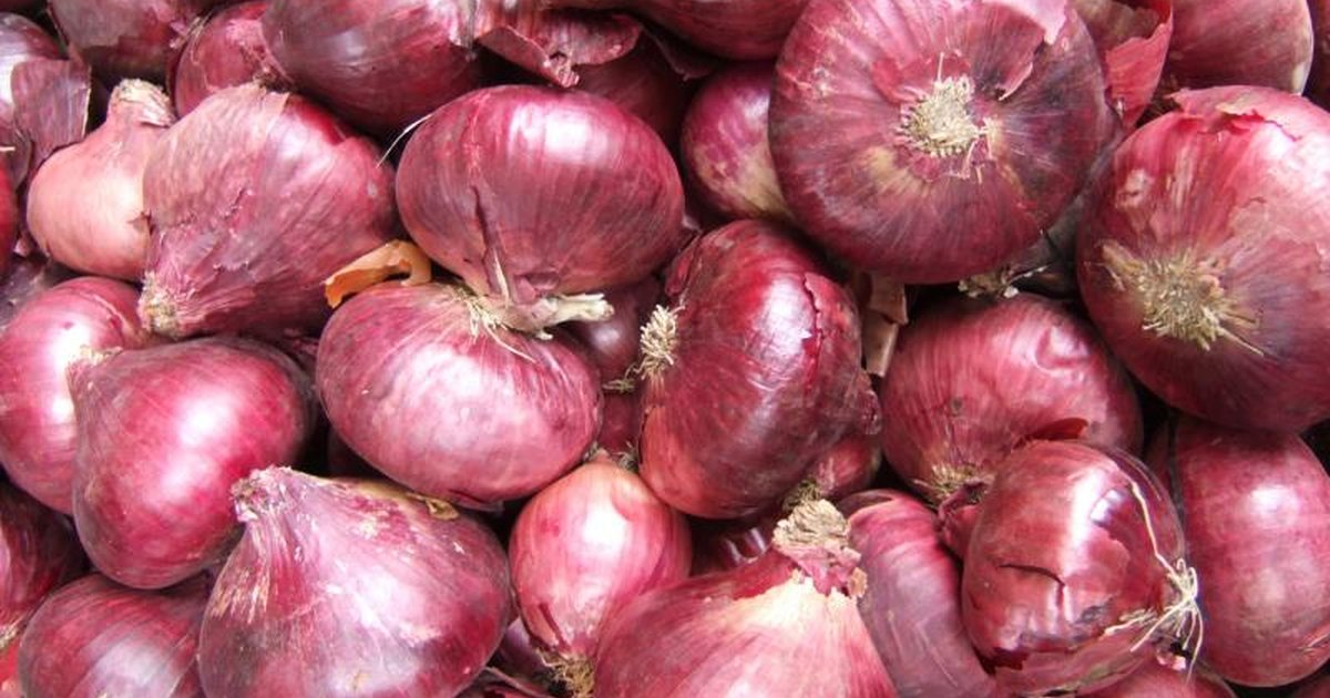 How to Cook Red Onions | LIVESTRONG.COM