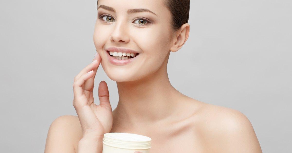Face Creams Containing Retinol