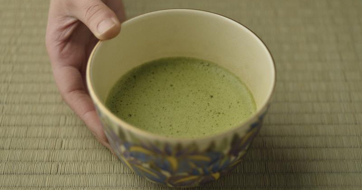 antioxidants from green tea In this view the antioxidant efficacy of green tea extract and the effectiveness  compared to the standard antioxidant, ascorbic acid based on many methods.