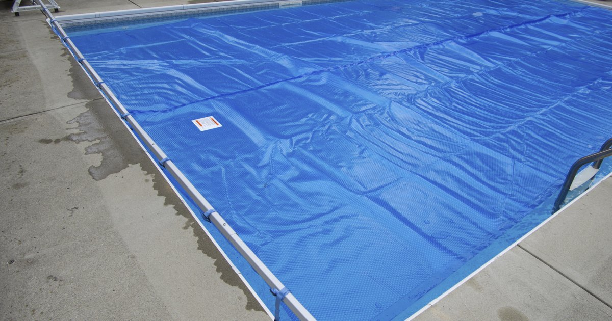 Organic Cleaning Tips For Vinyl Pool Liners Livestrong Com