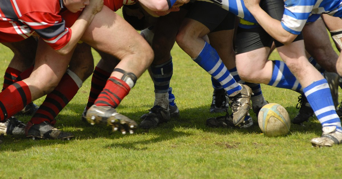 the difference between the rules of rugby and football American football, soccer, rugby the link between rugby and american football is obvious but i in australia we have australian rules football or afl and.