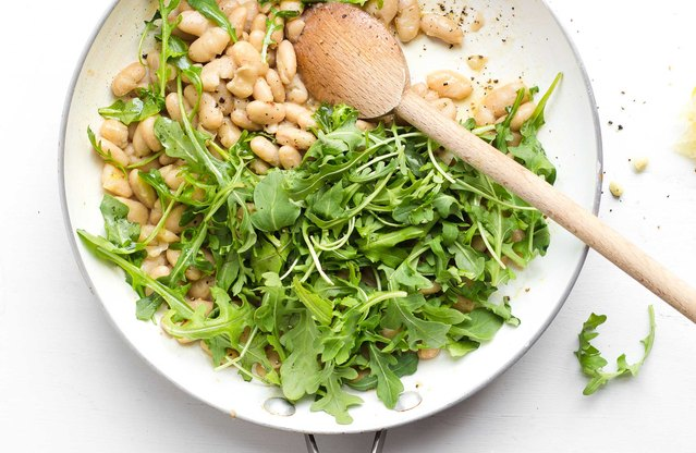 Zesty White Bean and Arugula Salad