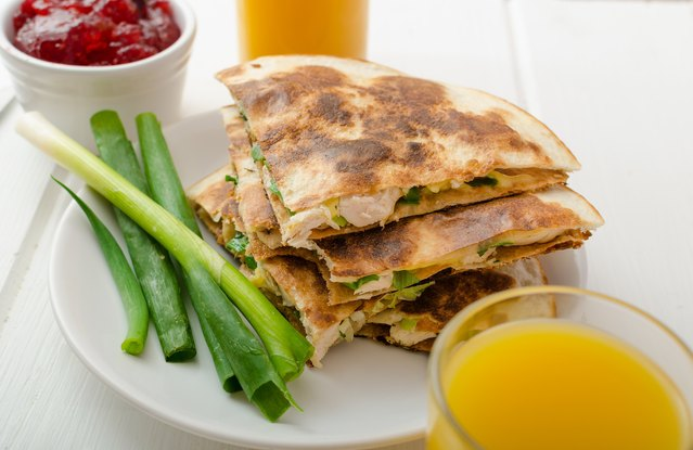 Turkey, Apple and Cheddar Quesadilla ( From Leftover: Roasted Turkey)