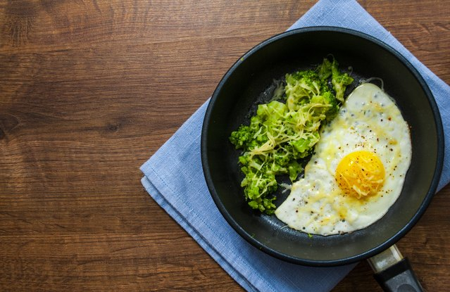 Broccoli Hash With Eggs (From Leftover: Steamed Broccoli)
