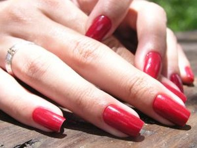 Tips on How to Apply Nail Polish
