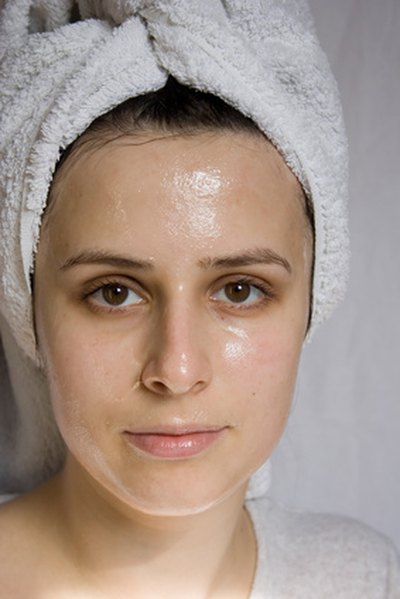 What Are the Treatments for Dehydrated Skin?
