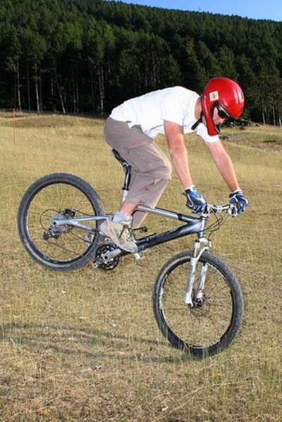 Difference Between BMX & Mountain Bikes