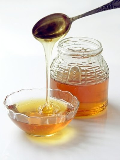 Eucalyptus Honey Treatment for Cataracts