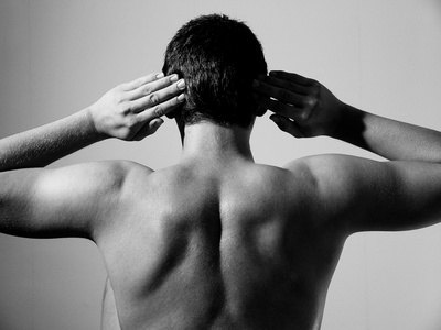 Stretches to Loosen a Stiff Back, Shoulders and Neck