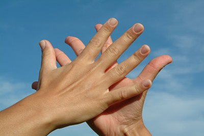 Home Remedies for Dry, Cracked, Peeling & Bleeding Hands