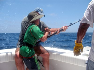 the best salt water fishing rods | livestrong, Fishing Rod