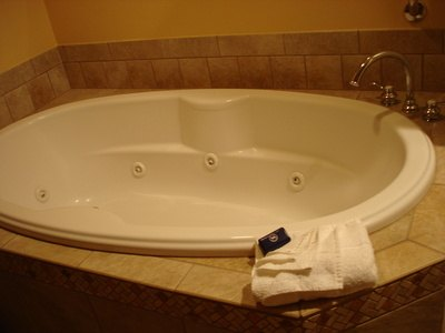 Utilize an aromatherapy bath.
