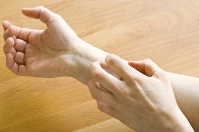Can a Vitamin B-12 Deficiency Cause Itchy Skin?
