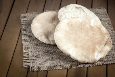 Is Pita Bread Low in Gluten?