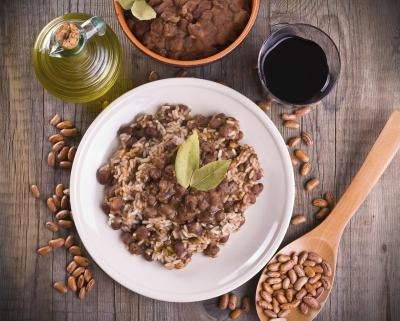 How Many Calories in 1/2 Cup of Pinto Beans?