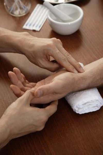 What Are the Treatments for Numbness in the Hands?