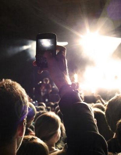 How to Make Ears Stop Ringing After a Concert | LIVESTRONG.COM