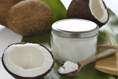 Beauty Benefits of Coconut & Olive Oil