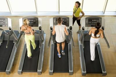 Can I Tone My Legs & Thighs With a Treadmill?