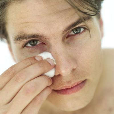 How to Improve Oily Skin for Men