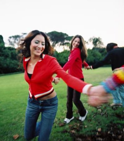 Fun Outdoor Games for Adults & Kids