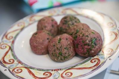 How to Cook Oven-Browned Meatballs