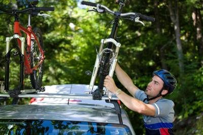 How to Mount Bikes on Car Racks