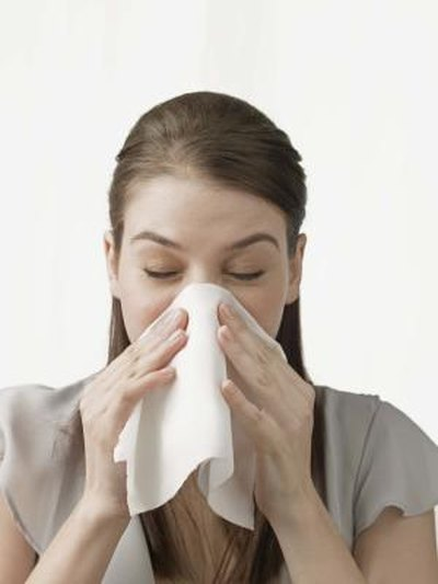 Home Remedy for Runny Nose & Sneezing
