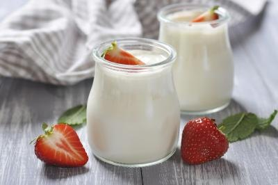 The Best Types of Yogurt to Prevent Diarrhea