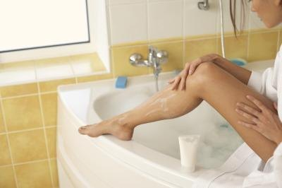 How to Get Rid of Dark Spots From Shaving
