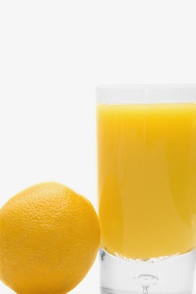 Can Drinking Orange Juice Flare Up Pain in the Lower Stomach?