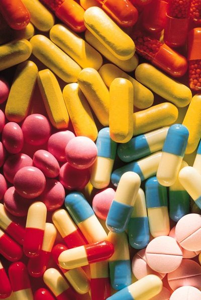 What is the Difference Between Chewable Vitamins & Capsules?