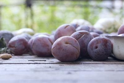 The Nutritional Benefits of Eating Plums
