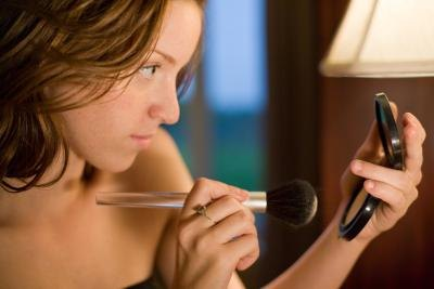 Are There Any Harmful Ingredients in Mineral Foundation
