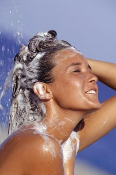 How to Improve the pH Levels on My Skin and in My Hair