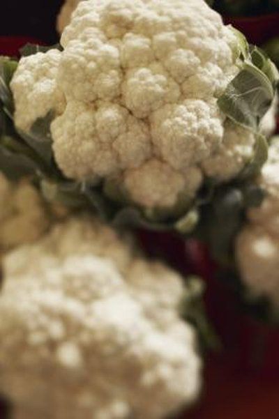 How to Cook a Light Cauliflower Gratin