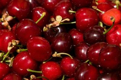 How to Cook Fresh Cherries