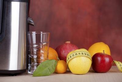 What Are the Benefits of Juicing Vegetables and Fruits?